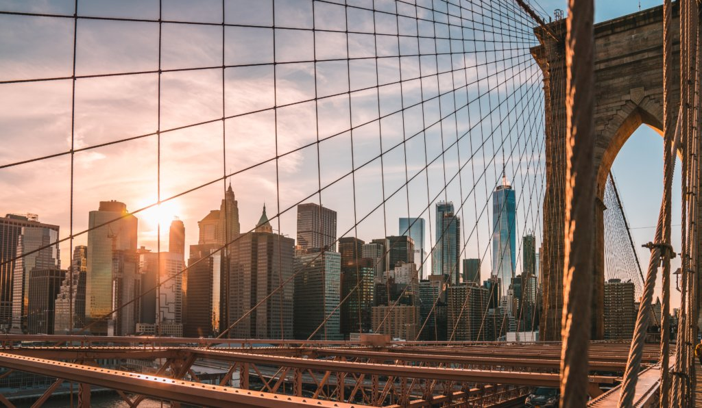 Foto da Brooklyn Bridge, em Nova Iorque.